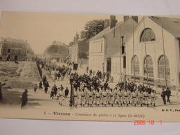 C.P.A.- Vierzon (18) - Concours De Pêche à La Ligne - Le Défilé - Restaurant - 1910 - SUP (BE94) - Vierzon