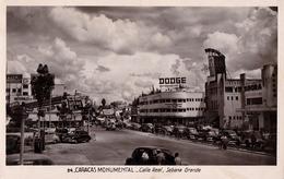 CARACAS : CALLE REAL / SABANA GRANDE - DODGE AUTOMOBILES ADVERTISING ! - CARTE VRAIE PHOTO / REAL PHOTO POSTCARD (ac056) - Venezuela