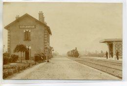 72 DOLLON Le LUART Jolie CARTE PHOTO Arrivée Train En Gare Cheminots Sur Quai 1904 Dos Non Divisé      --D14-S2017 - Autres Communes