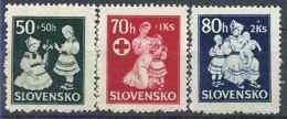 1943 SLOVAQUIE 83-85** Croix-rouge, Enfance - Slovaquie