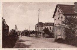 CPA  50   DONVILLE-LES-BAINS---LA ROUTE DE COUTANCES ET LA POSTE - France