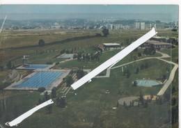 LOT 0847 CPSM MONTBELIARD LA PISCINE DE LA PETITE HOLLANDE 1970 - Montbéliard
