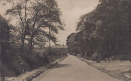 Saint-Nom-la-Breteche : La Poste - St. Nom La Breteche