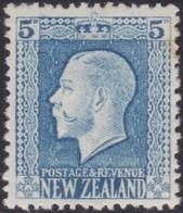 New Zealand    .   SG     .    424     .    *     .    Mint-hinged     .   /    .   Ongebruikt - 1907-1947 Dominion