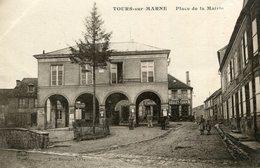 TOURS SUR MARNE - Place De La Mairie Les Etablissements Goulet Turpin - Autres Communes