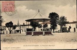Cp Le Chateau D'Oleron Charente Maritime, La Place De La Republique, Bazar, Imprimerie J. Bertrand - France