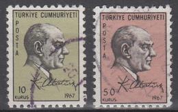 D8820 - Turkey Mi.Nr. 2051/2 O/used - 1921-... République