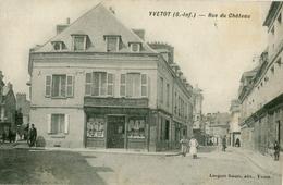 76. SEINE-MARITIME - YVETOT. Rue Du Château. Cliché Pas Très Courant. - Yvetot