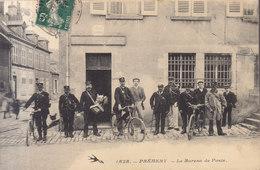 58  Prémery : Bureau De Poste : Les Facteurs         ///  REF   AVRIL. 19 - France
