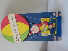 Ancien Présentoir Publicitaire Carton Briquet Ronson For Christmas Père Noël - Objets Publicitaires