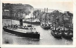 CPA-1950-76- DIEPPE-Départ Du-FERRY--La MALLE D ANGLETERRE Vue AVANT PORT-Edit Yvon-BE-Leger Pli A Droite - Ferries