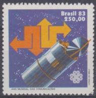 BRAZIL - 1983 Communications Year. Scott 1856. MNH ** - Brazil