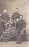 Groupe De 3 Soldats Du 7ème Régiment D'Infanterie - Basé à Cahors (46) - Carte Photo - Non Identifiés - Regimente