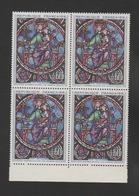 FRANCE / 1964 / Y&T N° 1419 ** : Vitrail Notre-Dame De Paris X 2 En Bloc Dont 2 BdF Bas - Gomme D'origine Intacte - Neufs