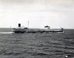 Photo D'un Pétrolier En Pleine Mer - Bateaux
