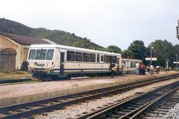 Morosaglia (20 - France) Chemins De Fer De La Corse Gare De Ponte-Leccia En 2005 - Autorail X 2000 Et Remorque Billard - Frankreich