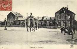 NOYON  La Gare RV - Noyon