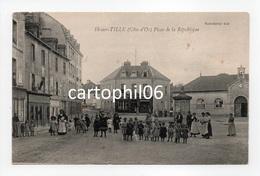 - CPA IS-SUR-TILLE (21) - Place De La République (belle Animation - MAGASIN DE CHAUSSURES) - Edition Noir-Bardet - - Is Sur Tille