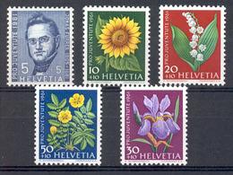 LIQUIDATION TOTALE : 1961 - Zu 188/92 - Mi N°742/46 - Yv N° 684/88 - ** (MNH) Et Oblitérés (o) + 2 Documents - Suisse
