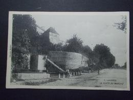 Carte Postale  - LANGRES (52) - La Porte Du Marché (2715) - Langres