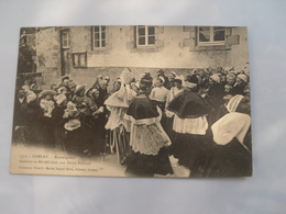 Cpa  **   Corlay  ***   Monseigneur Donnant  Sa Bénédiction Aux Petits Enfants  ** Ed Villard 5511  ** - France