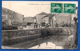 Favières  / Place Du Centre - Otros Municipios