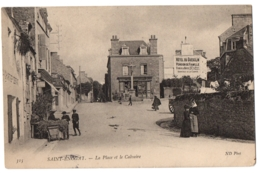 CPA 35 - SAINT ENOGAT (Ille Et Vilaine) - 315. La Place Et Le Calvaire - ND Phot - France