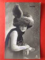 1910 - MODE DE JANVIER - DE MODE VAN JANUARI - CHAPEAU - HOED - NEIGE - SNEEUW - Mode