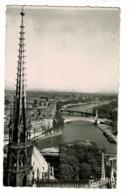 516 - Paris - La Flèche De Notre-Dame Et La Seine - Circ 1953, Flamme Parlante - Notre Dame De Paris