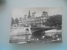 Paris L Hotel  De Ville Et Le Pont D Arcole - Ponts
