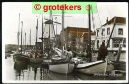WILLEMSTAD Havengezicht Met Binnenschepen, Hotel Bellevue En Molen 1959 Verzonden 1964 - Netherlands
