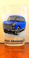 PEUGEOT 404 - Ancien Verre Avec Une Sérigraphie D'une 404 PEUGEOT Bleu Vue De Face - TBE - Cars