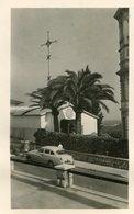 PHoto Prise à Vence La Chapelle Matisse La Croix Beau Véhicule Devant Palmiers - Places
