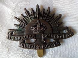ANCIENNE MEDAILLE MILITAIRE 1914-1918 A IDENTIFIER - Militaria