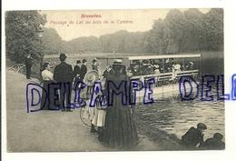 Belgique. Bruxelles. Passage Du Lac Au Bois De La Cambre. 1912. Très Animée. Verso : Chocolat Hardy - Bossen, Parken, Tuinen