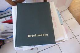 DDR Dans Magnifique  Classeur De 64 Pages 1981 - 1998 - DDR