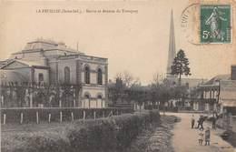 LA FEUILLIE - Mairie Et Avenue Du Tronquay - France