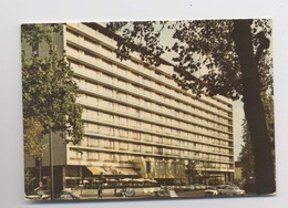 HOTEL HILTON - Paris 15 - Avenue De Suffren - Voitures - Hotels & Gaststätten