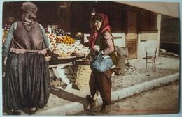 Bosnische Bäuerinnen A. D. Obstmarkt. - Ca. 1910. - Bosnie-Herzegovine