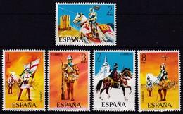 Spanien, 1973, 2034/38,  Militäruniformen. MNH **, - 1931-Heute: 2. Rep. - ... Juan Carlos I