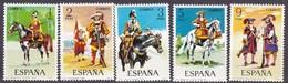 Spanien, 1974, 2062/66,  Militäruniformen. MNH **, - 1971-80 Nuovi