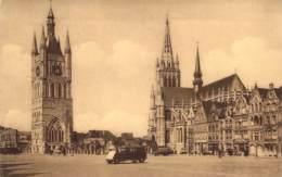 Ypres Grand'Place, Le Beffroi Et La Cathédrale St. Martin. - Ieper