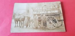 """Ancienne Carte Photo """"Docks Mutuels Epicerie Vins Spiritueux"""" En Cariole - Sin Le Noble"""
