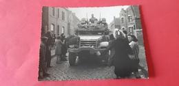 Lot De 3 Véritables Photos De La Libération Dans Le Nord - Guerra 1939-45