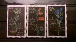 FRANCOBOLLI STAMPS GERMANIA DEUTSCHE DDR 1966 USED SERIE COMPLETA PROTECTED FLOWERS GERMANY - [6] Repubblica Democratica
