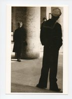 Hongrie: Marin Regardant Une Prostituee, Liaisons 1957, Marine, Prostitution, Photo: Jolan Vadas (19-734) - Hongrie