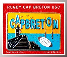 SUPER PIN'S RUGBY : RUGBY CAP BRETON HOSSEGOR émail Base Argent, Format 1,8X2,5cm - Rugby