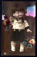 CP 5- RARE ENFANT POUPON AVEC YEUX EN VERRE PORTANT DES FLEURS-  CP-PHOTO DES ANNÉES 1920-30- TRES GROS PLAN- - Cartes Humoristiques