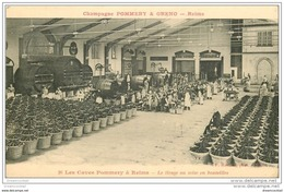 51 REIMS. Champagne Pommery. Caves Tirage Ou Mise En Bouteilles - Reims
