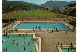 - CPM LE VIGAN (30) - Vue Sur L'Ensemble Sportif De La Ville 1980 - Editions SL 18.460 - - Le Vigan